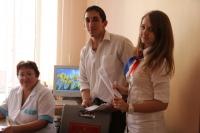 Мы хотим голосовать и России помогать!