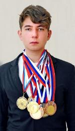 Серебрянный призер в соревнованиях по картингу
