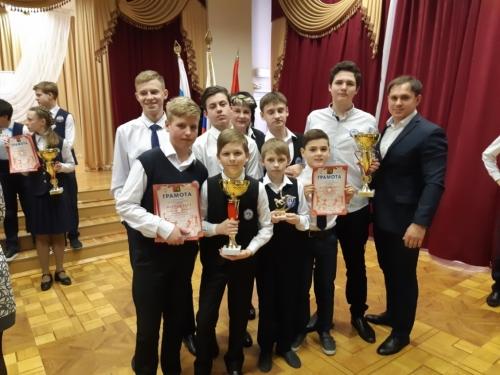 Награждение победителей и призёров соревнований по мини-футболу на Кубок главы администрации Старооскольского городского округа