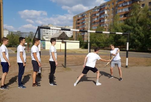 Соревнования по русской лапте