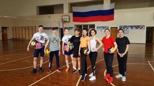 Спортивный праздник «Летающий мяч»